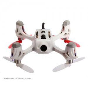 Hubsan H107D FPV X4 Mini RTF quadcopter view from under